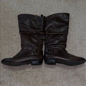 Aldo HER-12 brown ankle booties